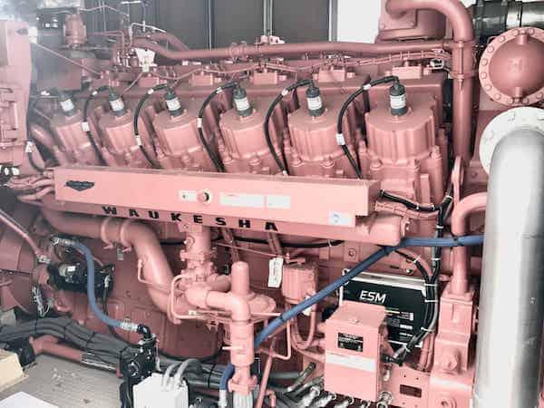 1150kw-natural-gas-generator-480v-600v-waukesha-7044gsi-sku1189-06.jpg