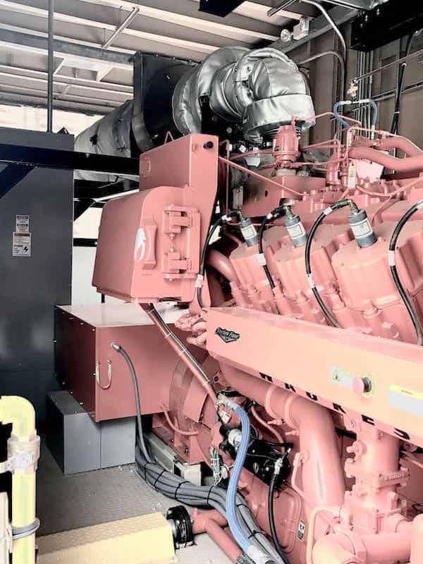 1150kw-natural-gas-generator-480v-600v-waukesha-7044gsi-sku1189-08.jpg