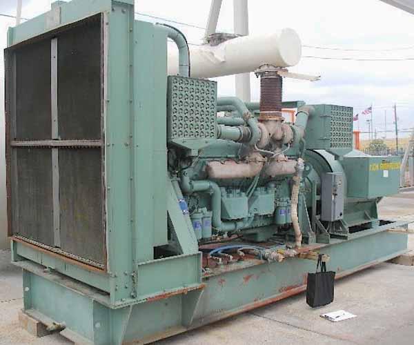 800kW Detroit 12V 4160V Diesel Generator