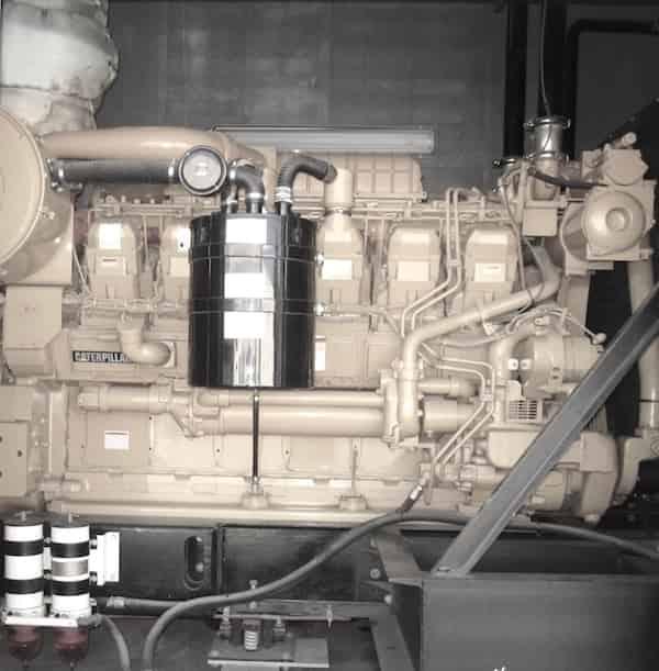 1500kw-diesel-generator-12470v-caterpillar-3512b-03
