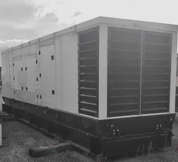 1000kw-diesel-generator-600v-caterpillar-c32-01