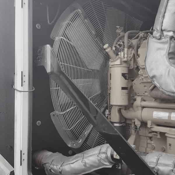1000kw-diesel-generator-600v-caterpillar-c32-02