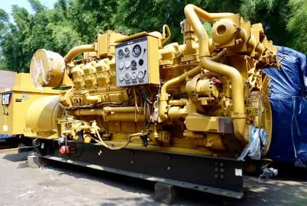 770kw-natural-gas-generator-480v-caterpillar-g3516-01