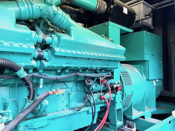 1500kw-diesel-generator-600v-cummins-1500dqgab-4