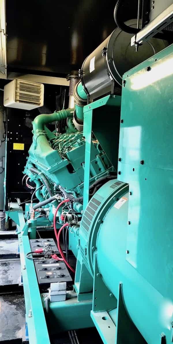 1500kw-diesel-generator-600v-cummins-1500dqgab-5
