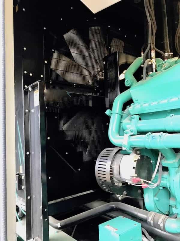 1500kw-diesel-generator-600v-cummins-1500dqgab-7