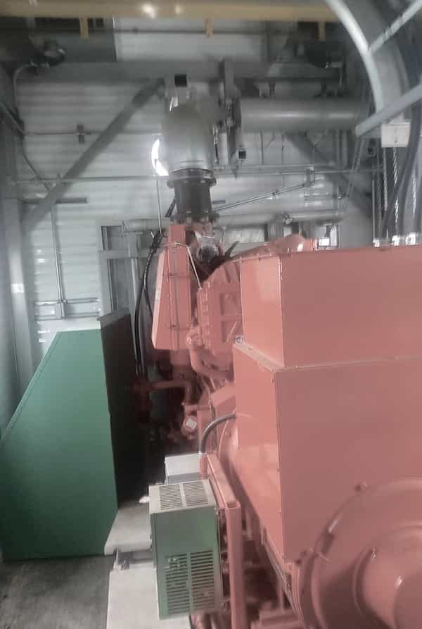275kw-natural-gas-generator-480v-waukesha-f18gl-02