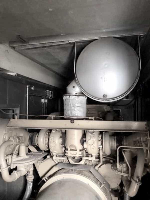 1000kw-natural-gas-generator-480v-caterpillar-g3516-03