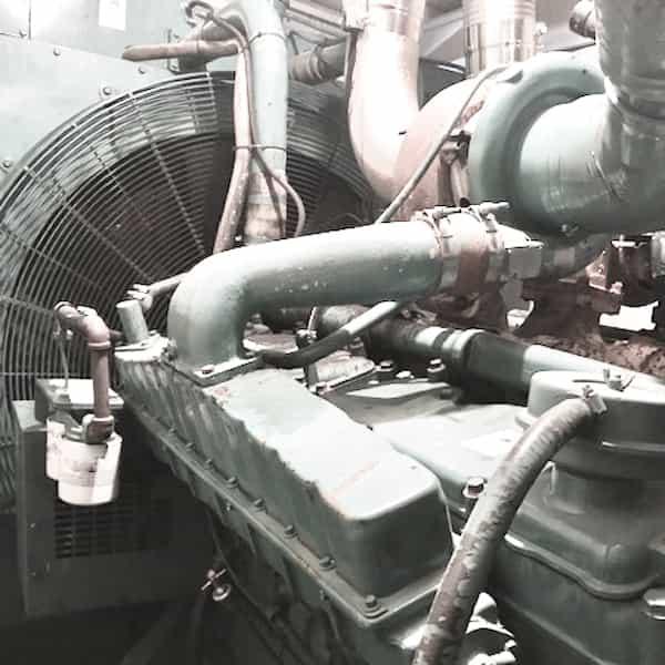 600kw-diesel-generator-600v-cummins-vta28-g2-04