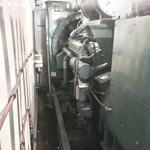 600kw-diesel-generator-600v-cummins-vta28-g2-05