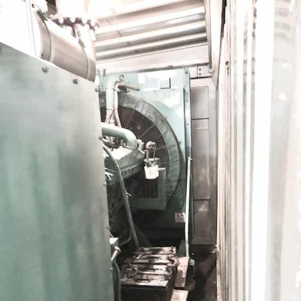 600kw-diesel-generator-600v-cummins-vta28-g2-07