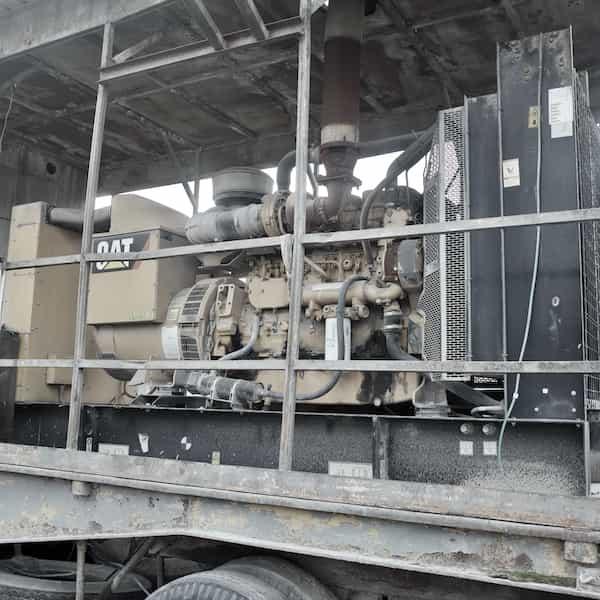 400kw-diesel-generator-480v-caterpillar-c15-01
