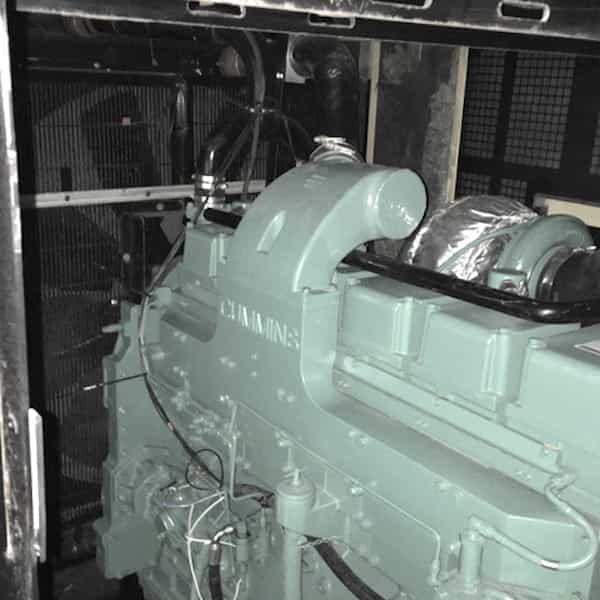 600kW-diesel-generator-480v-cummins-kta19g6a-04
