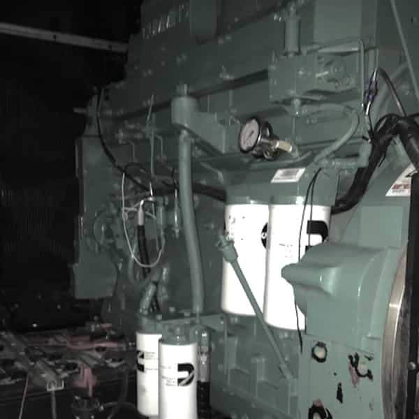 600kW-diesel-generator-480v-cummins-kta19g6a-05